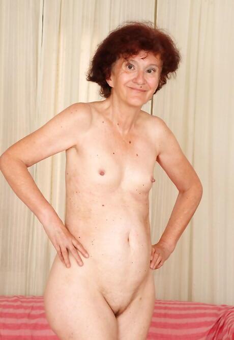 Granny Porn galleries
