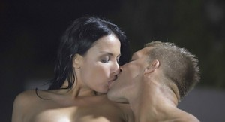 Kissing galleries