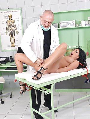 Nurse Porn galleries