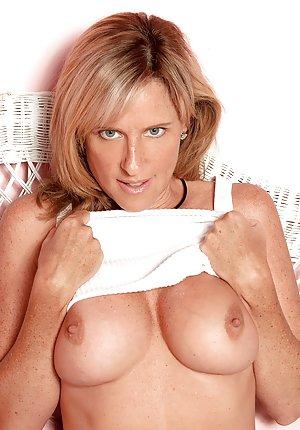 Blonde Porn galleries