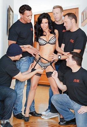 Gangbang Porn galleries