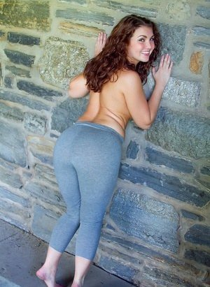 Yoga Pants galleries